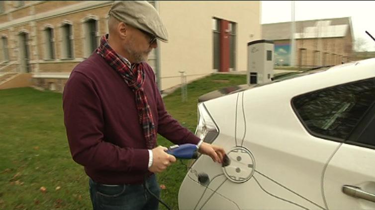 Omavarainen Feldheimin kylä kerää energiaturisteja eri puolilta maailmaa