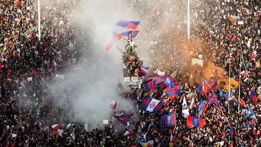 Chileläiset protestoivat kasvavia elinkustannuksia vastaan