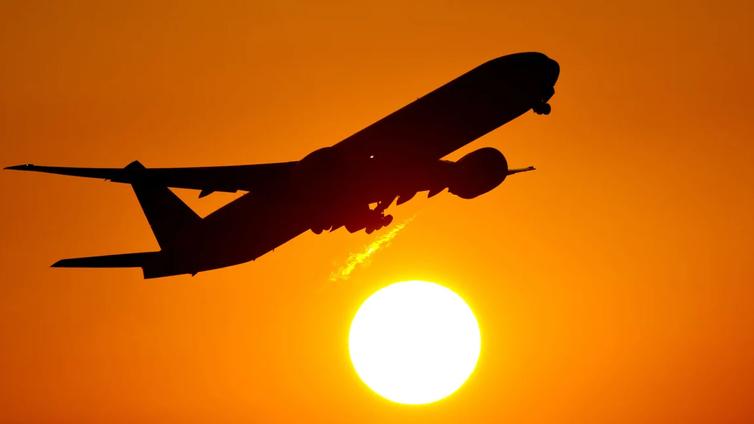 Kansalaisaloite lentoverosta etenee eduskunnan käsittelyyn
