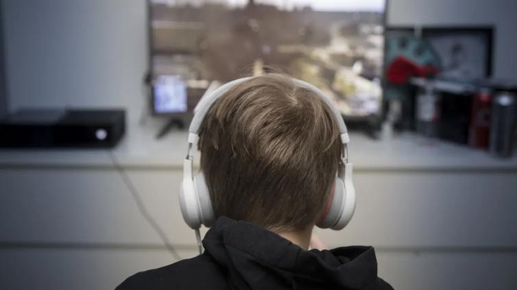 Tutkimus: Lapset astuvat englanninkieliseen vapaa-aikaan yhdeksänvuotiaina