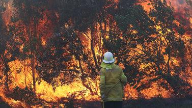 Australian maastopalot uhkaavat jo Sydneyn aluetta