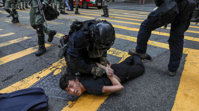 Hongkongin mielenosoitukset kärjistyvät entisestään