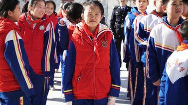 Kiinassa siirtotyöläisten lasten on vaikea päästä kouluun