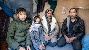 Eurooppaan pyrkivät siirtolaiset ovat jumittuneet painajaismaiseksi kuvatulle pakolaisleirille