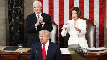 Presidentti Trumpin kansakunnan tilaa koskeva puhe repi entisestään puolueiden rivejä