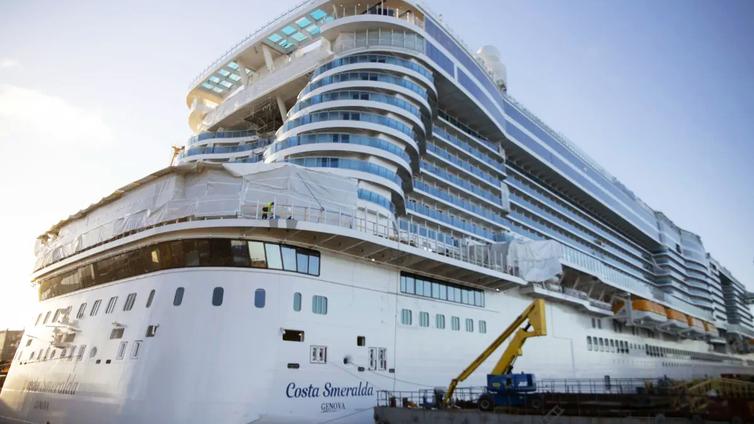 Laivoista halutaan kevyempiä, jotta ne veisivät vähemmän polttoainetta