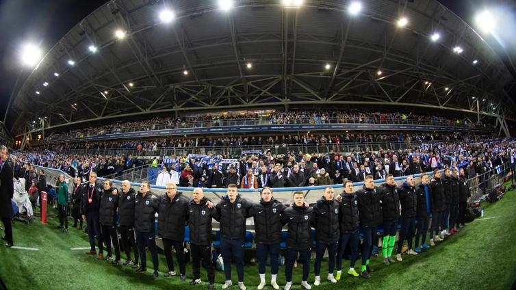 Jalkapallon EM-kisat siirtyvät vuodella - jääkiekon MM-kisat peruttu