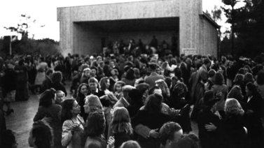 Talvisodan aikana tanssiminen oli kiellettyä - suomalaiset tanssivat silti