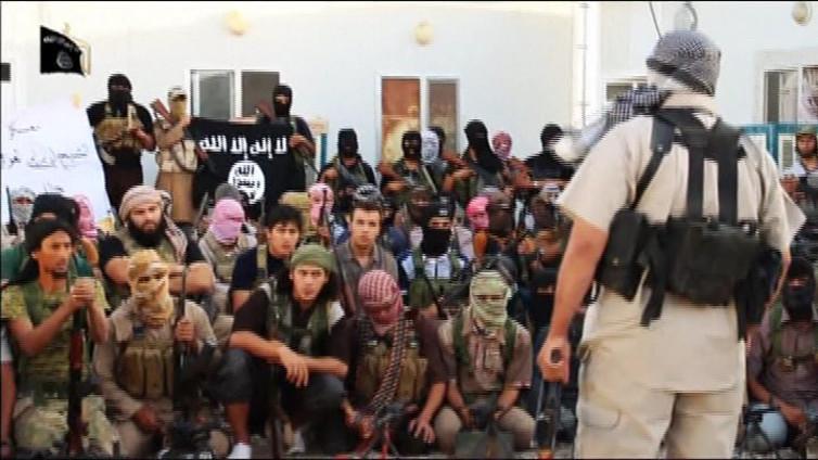 Muslimiviha ja maailmanpolitiikka syitä lähteä Suomesta taistelijaksi Syyriaan