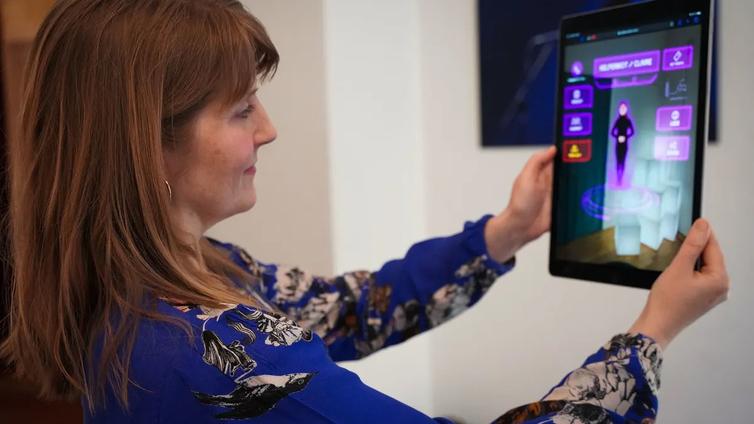Suomalainen teknologiafirma tekee AR-sisältöä Ozzy Osbournelle ja Broarway-musikaaleihin