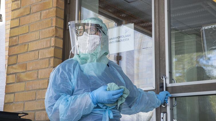 Koronatilanne Suomessa - tartuntoja jo yli 6000