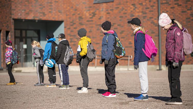 Katso kuinka lapset käyvät koulua eri puolilla Eurooppaa