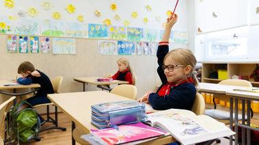 Viro suosii edelleen etäopetusta