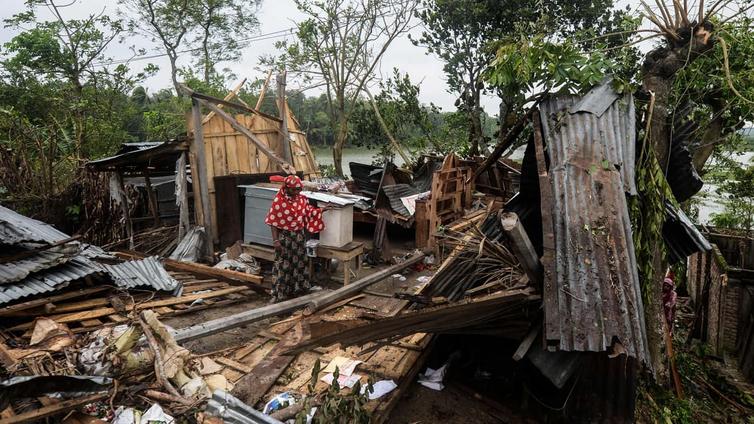 Amphan-sykloni runteli Bangladeshin ja Intian rannikkoa