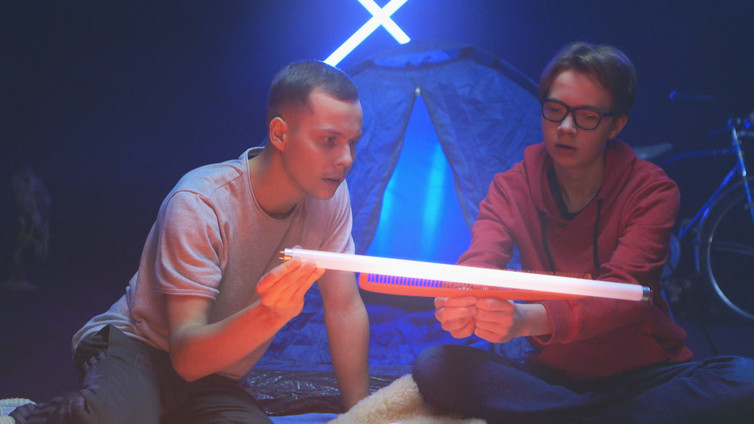Tiede X Mauton: tehdään sähköä