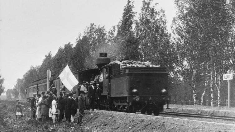 Helsinki-Pietari -ratayhteys avautui 150 vuotta sitten