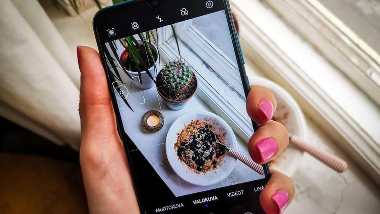 Mainoskuvia vaikea erottaa Instagramin muusta kuvavirrasta