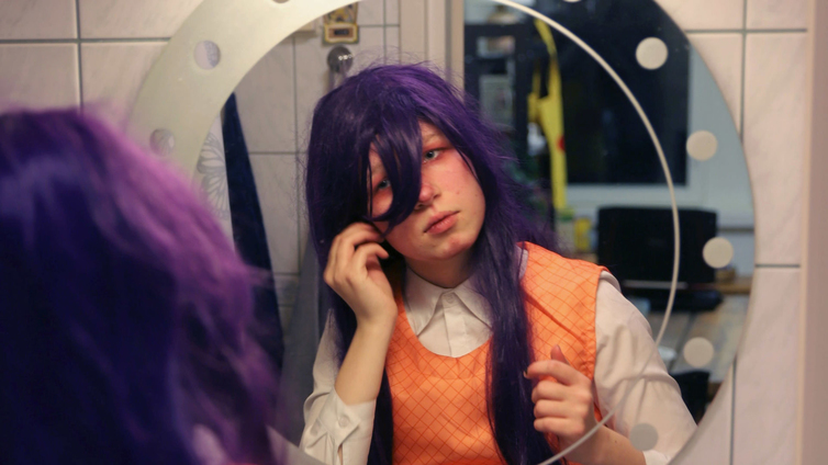 12-vuotias Elli esiintyy somessa animehahmoina