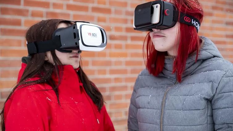 Korona laittoi opintomatkat jäihin - lukiolaiset päättivät tutustua Berliiniin virtuaalisesti