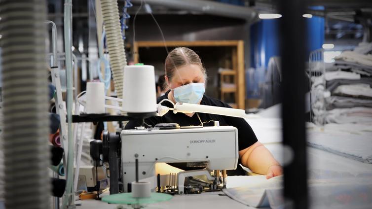 Tekstiiliala kärsii ompelijapulasta