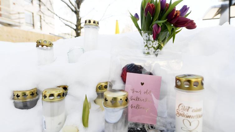 Kolmea teinipoikaa syytetään ikätoverinsa murhasta Helsingin Koskelassa