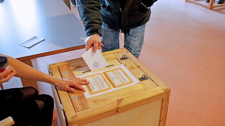 Oikeusministeriö siirsi kuntavaalit kesäkuulle