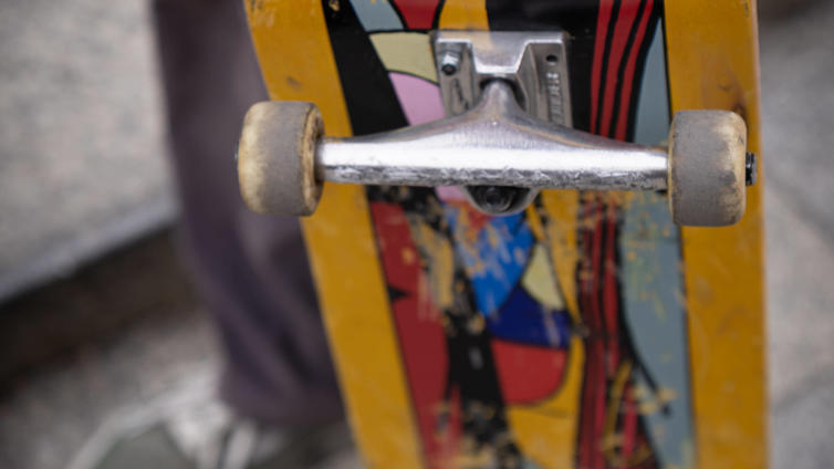 Kuopion skeittarit rullaavat loman ajan keskustan parkkihallissa