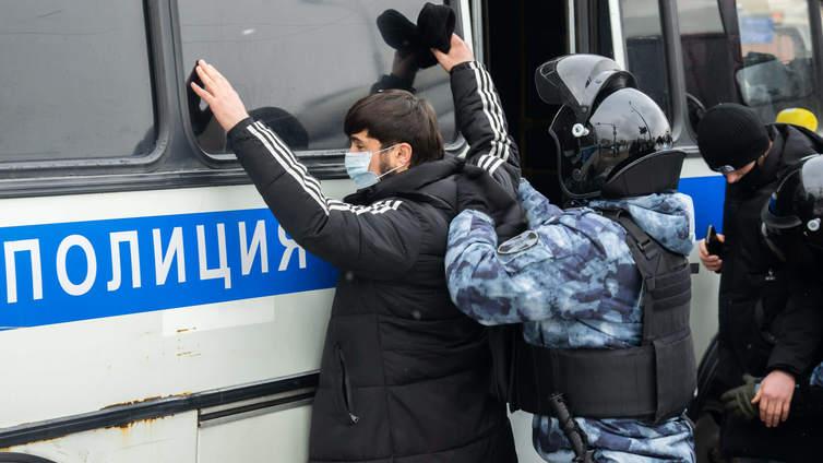 Venäjän viranomaisten otteet hallinnon arvostelijoita kohtaan koventuneet