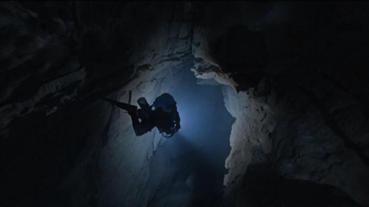 Dokumenttielokuva kertoo tarinan suomalaisten luolasukeltajien salaisesta operaatiosta