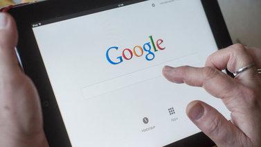 Teknojätit ryhtyvät rajoittamaan mainostajien mahdollisuuksia seurata netinkäyttäjiä