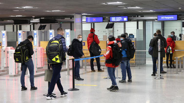 EU suunnittelee matkustusta helpottavaa koronapassia