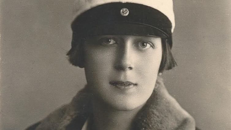 Teini-ikä 1920-luvulla kuulostaa samanlaiselta kuin nykynuoren elämä