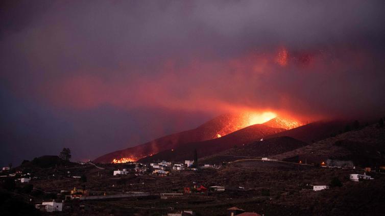 Tulivuori purkautui La Palman saarella