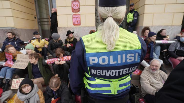 Poliisi myöntää arvioineensa Elokapinan mielenosoituksen uhat turvallisuusuudelle väärin