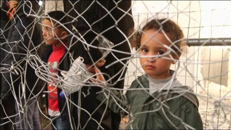 EU ja Turkki haluavat pysäyttää pakolaisvirran