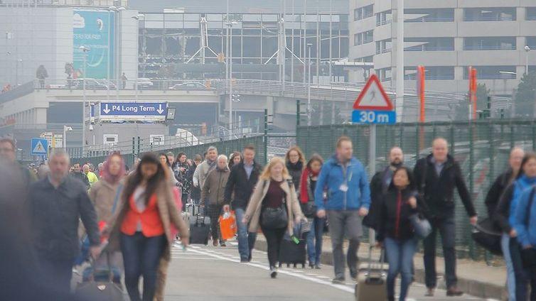 Brysselin räjähdykset vaativat kymmeniä kuolonuhreja