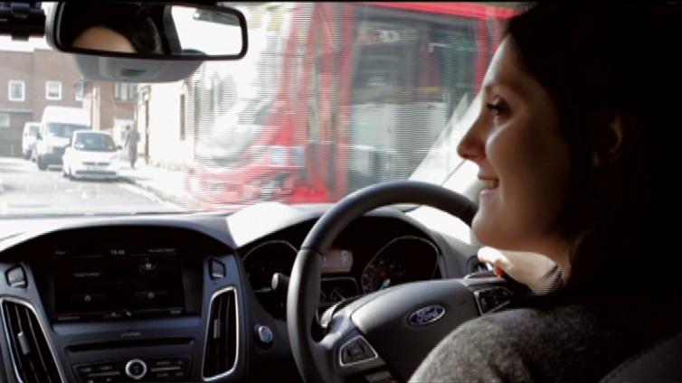 Britannia haluaa nostaa nuorten autoilijoiden ikärajaa