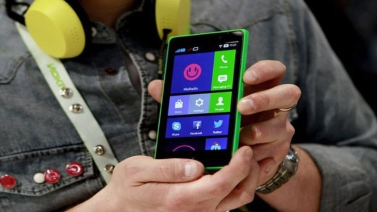 Nokia-puhelimet palaavat markkinoille