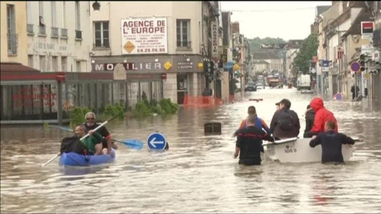 Useita ihmisiä kuollut Saksan ja Ranskan tulvissa