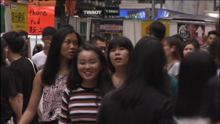 Nuoret uhmasivat Kiinaa – itsenäisyyden kannattajia ensi kertaa Hongkongin parlamenttiin