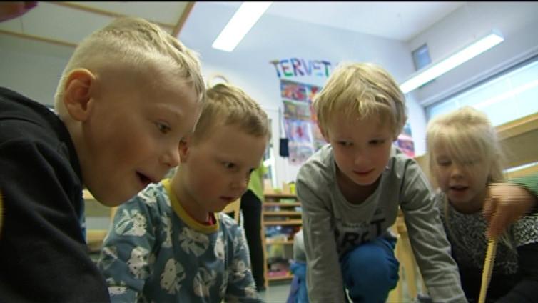 Melu on riski lapsen puheen kehitykselle