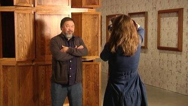 Vainottu supertähti Ai Weiwei puhuu ihmisoikeuksien puolesta