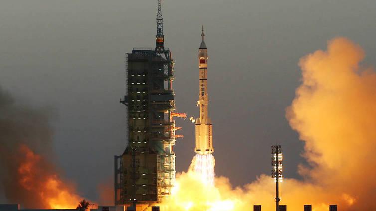 Kiina lähetti kaksi taikonauttia kokeelliselle avaruusasemalle