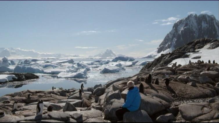 Ranskalaistutkija uhmasi Antarktiksen jäätiköitä uudelleen ja uudelleen