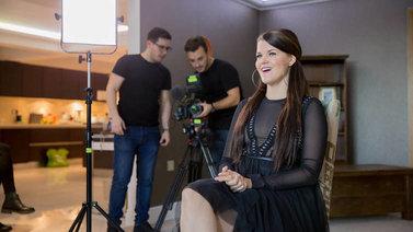 Menestyminen X-Factorissa vaatii Saara Aallolta rajusti töitä